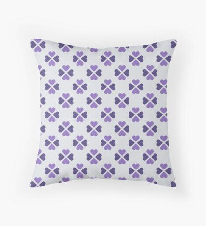 Ultra Violet Heartshaped Clover Retro Pattern Throw Pillow