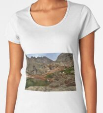 Peacock Lake in Rocky Mountain National Park, Colorado. Women's Premium T-Shirt