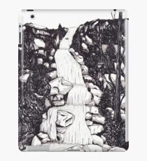 Waterfall landscape - graphic novel style iPad Case/Skin