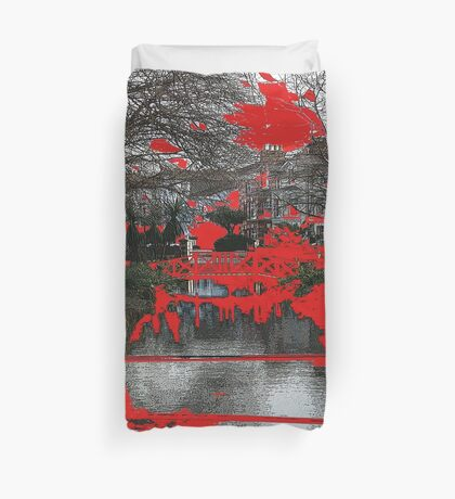 seeing red Duvet Cover