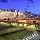 Isle de Cite, Paris by Dan Norcott