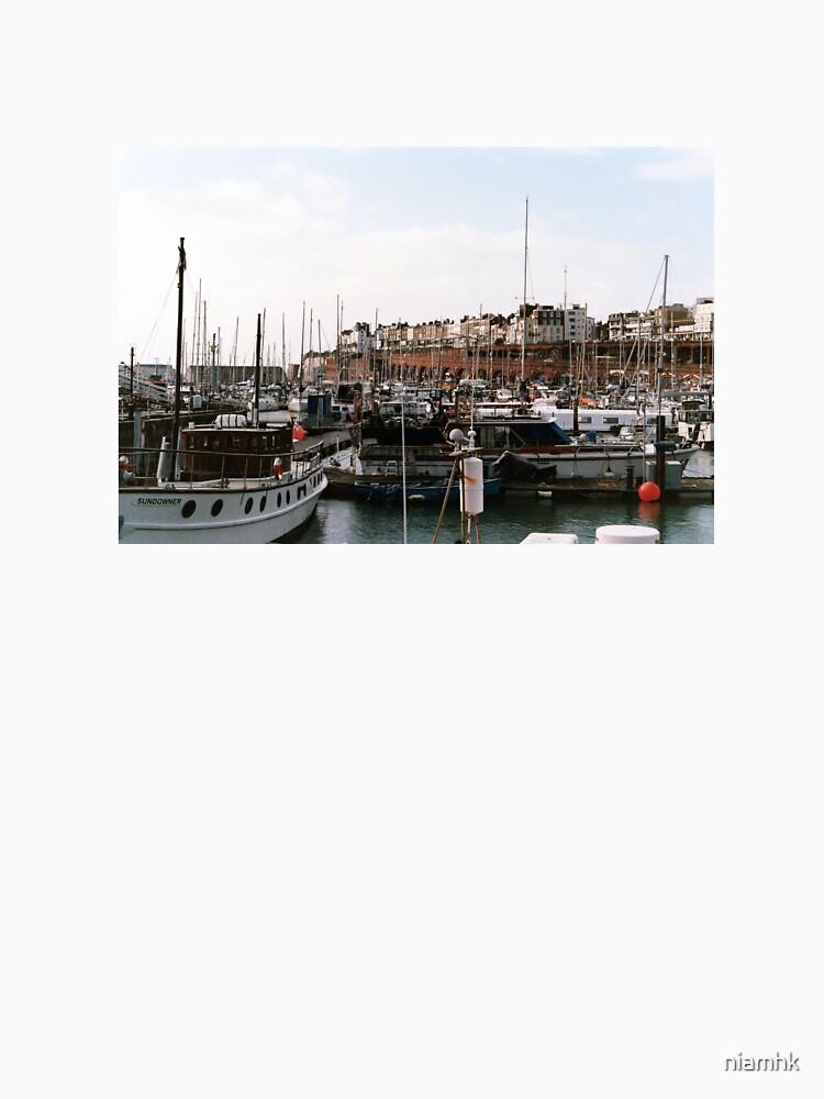 Docks by niamhk