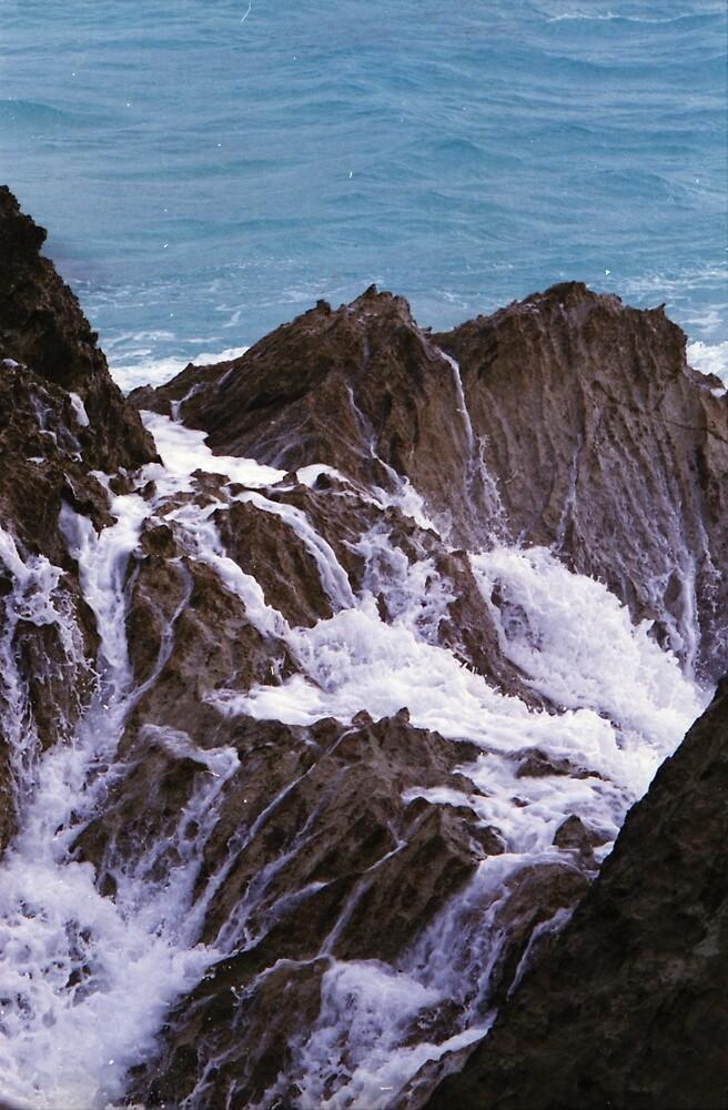 Ocean Rocks by RenaudMartini