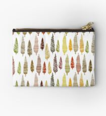 Seamless hand drawn vector pattern with different spruces Studio Pouch