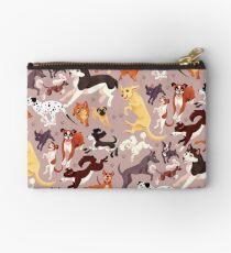 Hunderasse-Muster-Illustration Täschchen