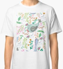 Bids and flowers Classic T-Shirt