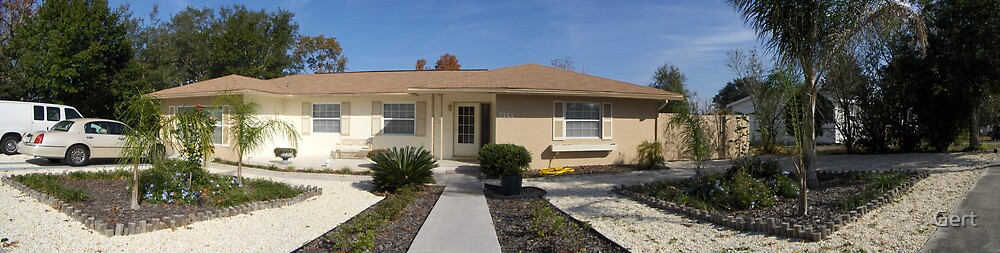 Panoramic pic of floridian house (frontside) by Gert