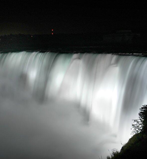 Niagara Falls by satwant
