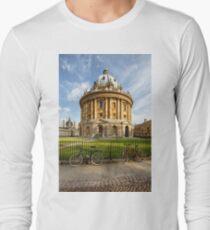 Radcliffe Camera, Oxford Long Sleeve T-Shirt