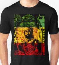 Rasta Haile Selassie natürlicher mystischer Löwe von Juda Unisex T-Shirt