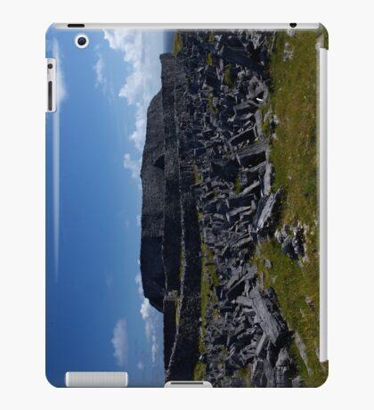 Dun  Aengus Fort, Inishmore, Aran Islands   iPad Case/Skin