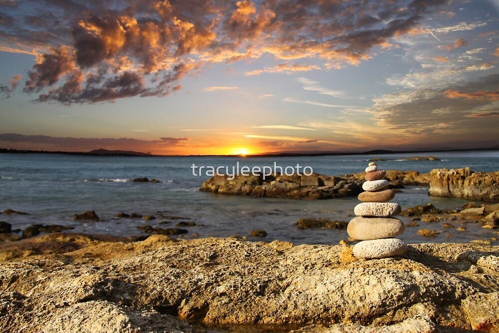 Sunrise stack - Diamond Head by tracyleephoto