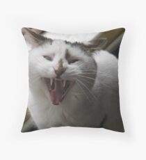 I vant to suck your blood Throw Pillow