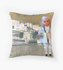 Mozarts Geburtshaus - Salzach - Salzburg Throw Pillow