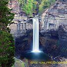 Taughannock gorge  by PJS15204
