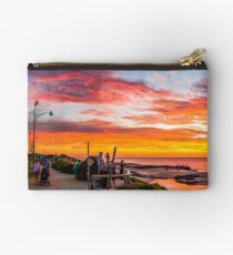 Bunbury back beach. Studio Pouch