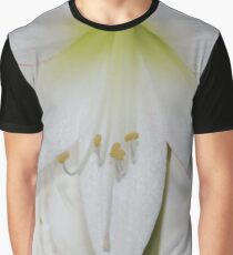 Amaryllis Macro Graphic T-Shirt