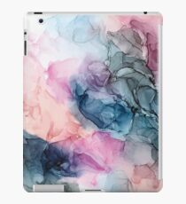 Himmlische Pastelle 1: Original abstrakte Tuschmalerei iPad-Hülle & Klebefolie