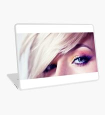 Close up eye with beautiful colors Laptop Skin