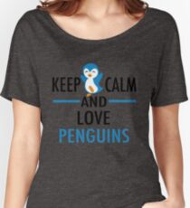 Keep Calm Love Penguins Women's Relaxed Fit T-Shirt