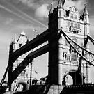 Tower Bridge (B&W) by AmishElectricCo