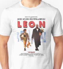 LEON the professional vintage Unisex T-Shirt
