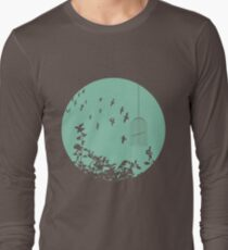 Flying Free 2 sea Large Long Sleeve T-Shirt