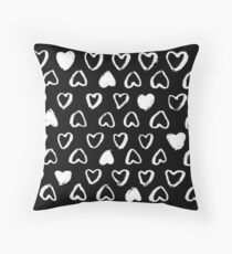 Corazón negro Throw Pillow