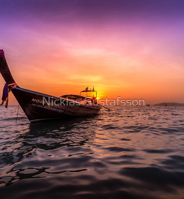 Longtail Sunset by Nicklas Gustafsson