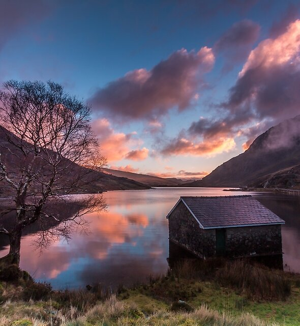Boathouse  by Robert  Evans