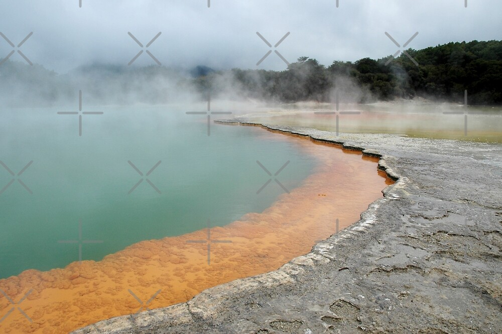 Champagne Pool by SiobhanFraser