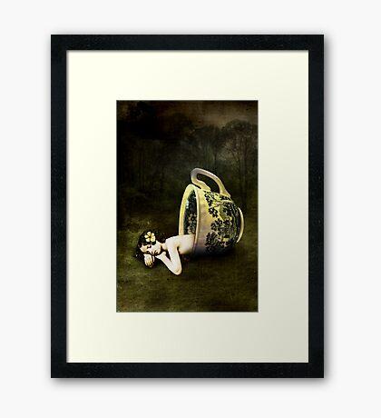 The teacup Framed Print