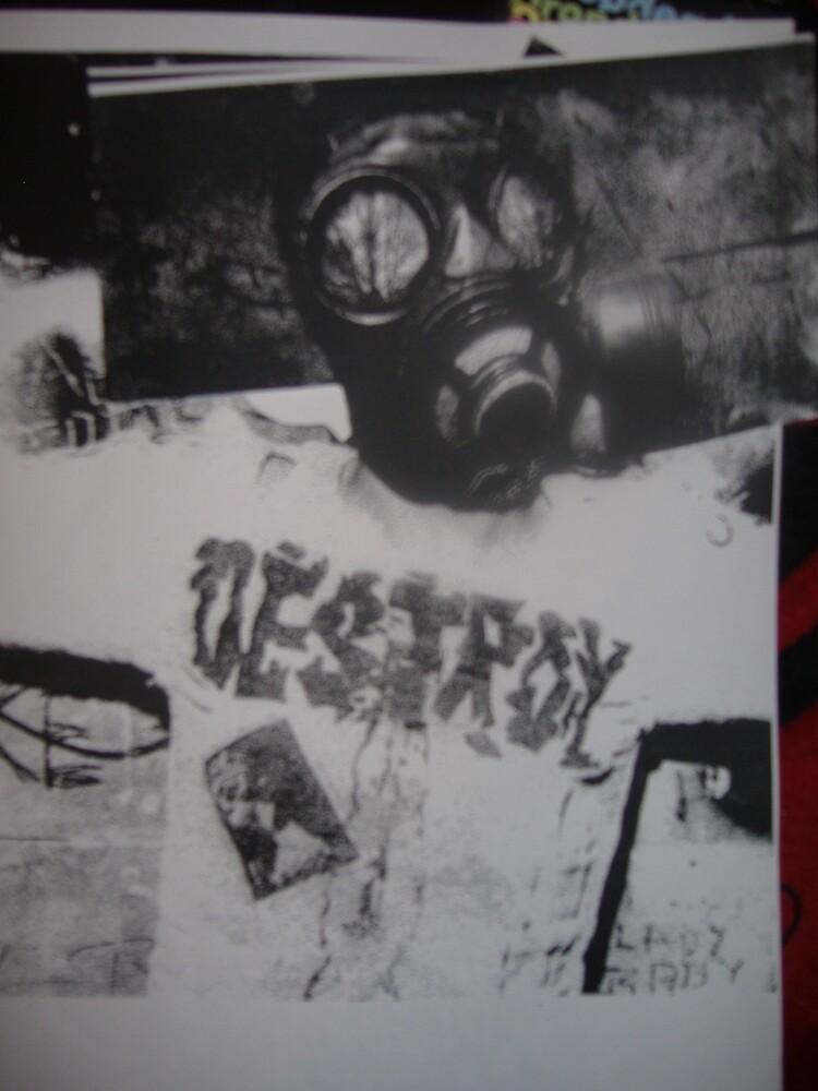 Rotten gasmask by jonnyriot