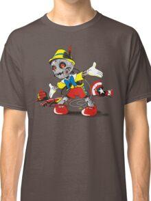 NO STRINGS Classic T-Shirt