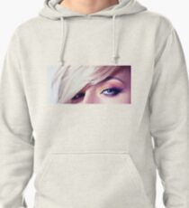 Close up eye with beautiful colors Pullover Hoodie