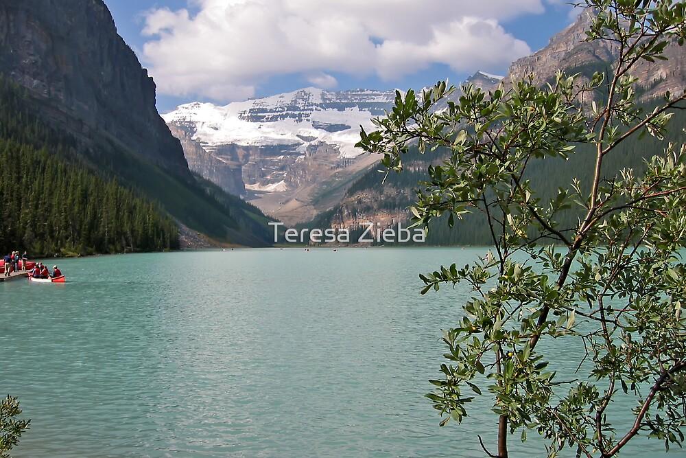 Lake Louise by Teresa Zieba