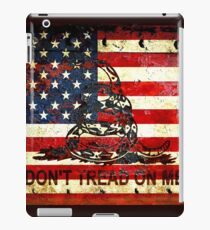 American Flag And Viper On Rusted Metal Door - Don't Tread On Me iPad Case/Skin