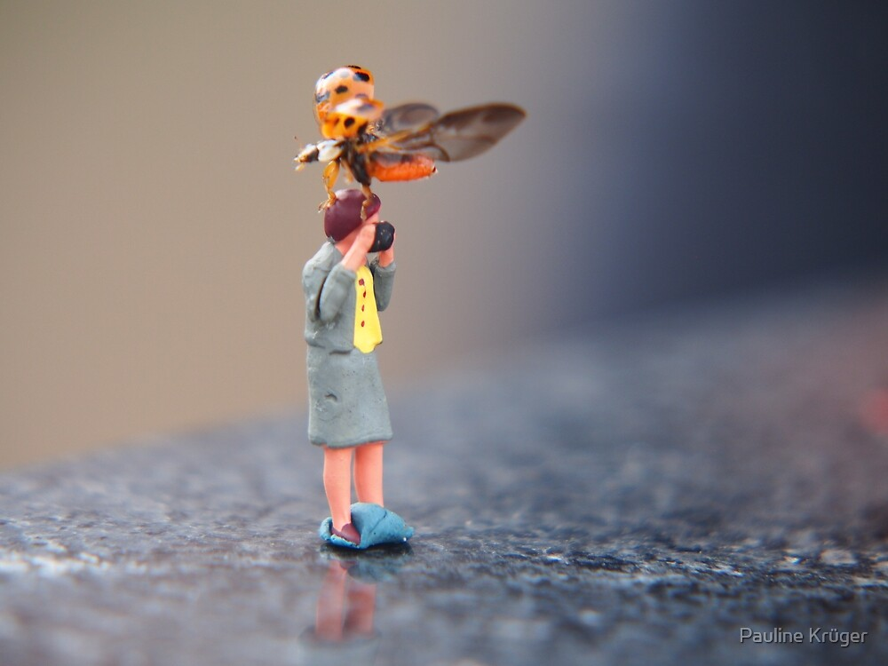 Figurine with ladybug by Pauline Krüger