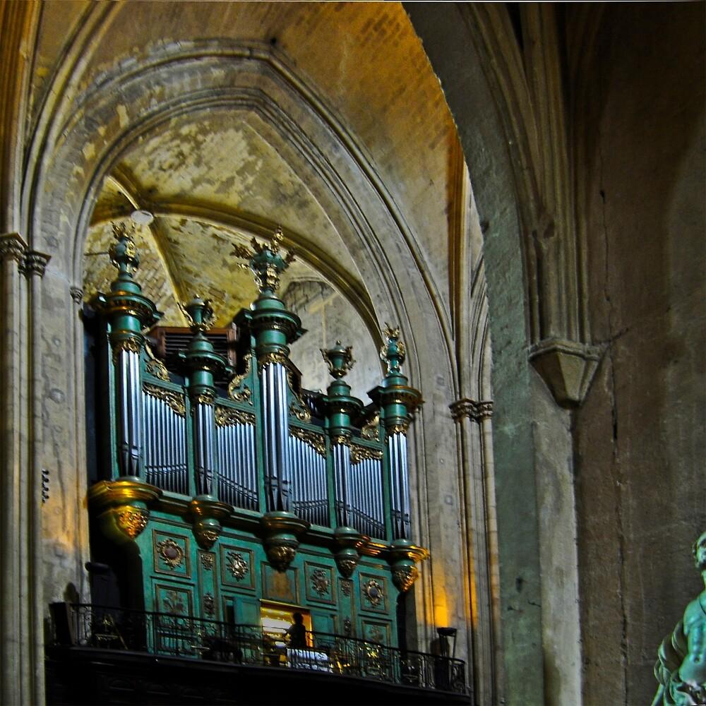 LA CATHEDRALE ST-SAUVEUR  AIX-EN-PROVENCE by Thomas Barker-Detwiler