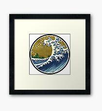 Japanese surf wave Framed Print