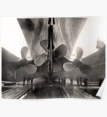 Titanic-Propeller Poster