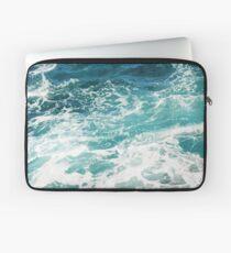 Blaue Meereswellen Laptoptasche