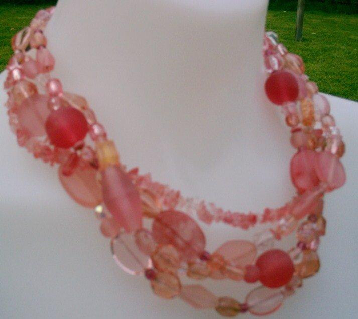 Peach Sorbet Necklace by honeyjewel