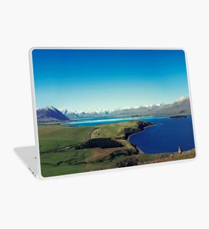 Sie fühlte sich im Lake Tekapo winzig Laptop Folie