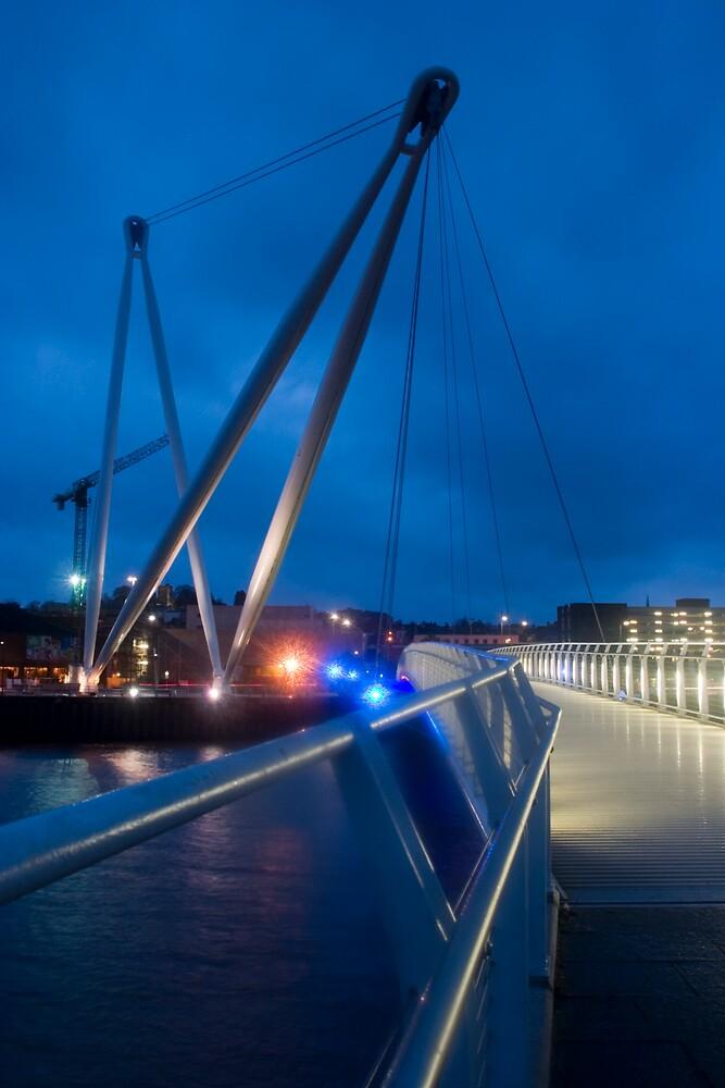 Riverfront footbridge - Newport by Kevin Jones