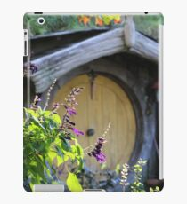 Hobbiton - Middle Earth  iPad Case/Skin