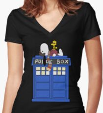 Daydreaming Doctor Women's Fitted V-Neck T-Shirt