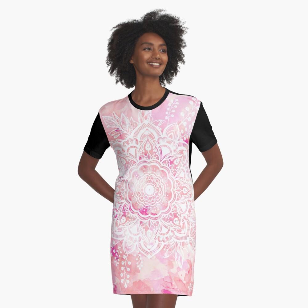 Queen Starring of Mandalas Pink Graphic T-Shirt Dress