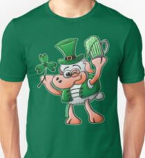 Saint Paddy's Day Sheep Drinking Beer Unisex T-Shirt