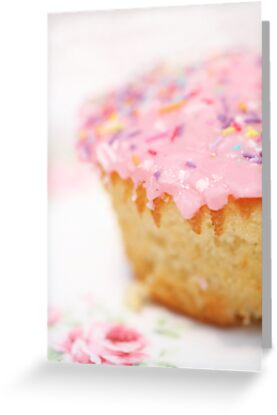 The BEST vanilla cupcakes by Barb Leopold